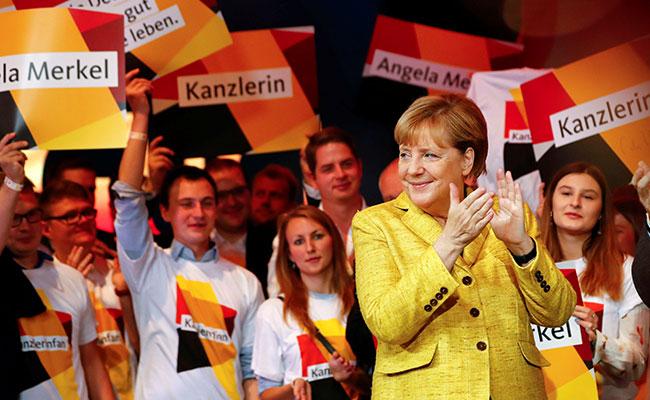 IN Angela Merkel (highlights) COLOR.jpg